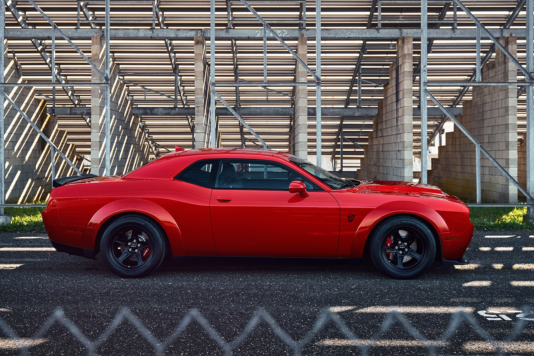 2018 dodge challenger srt demon revealed in pictures by car magazine. Black Bedroom Furniture Sets. Home Design Ideas