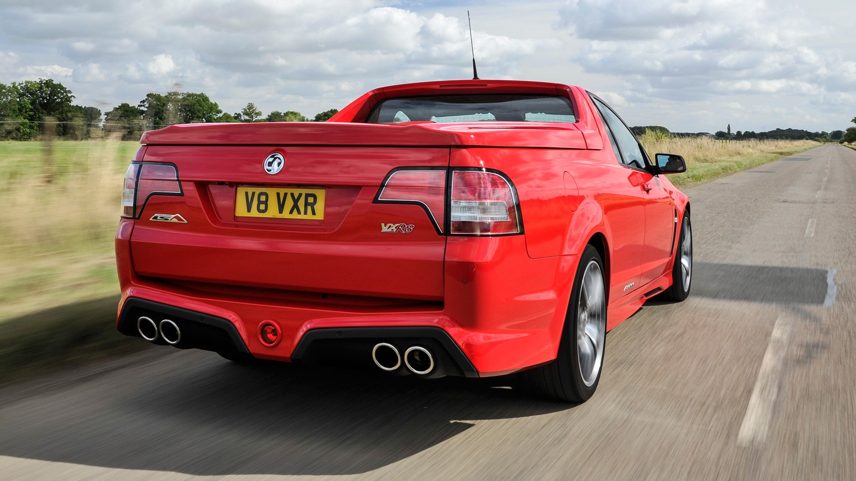 Vauxhall VXR8 Maloo rear tracking