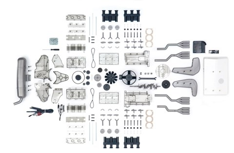 280 parts go into the Franzis flat-six Porsche model engine