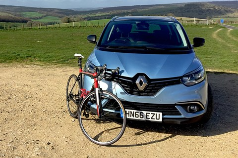 Cycling nirvana: our Grand Scenic plays riding support vehicle