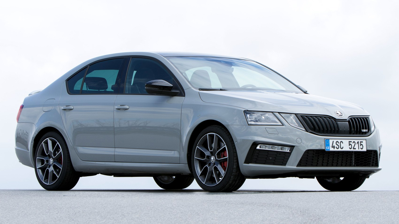 skoda octavia vrs 2017 review by car magazine. Black Bedroom Furniture Sets. Home Design Ideas