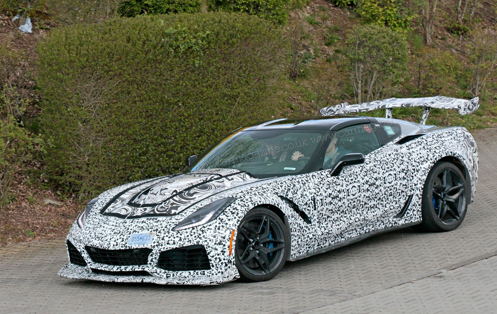 New Corvette Zr1 Steps Out With World S Most Insane Rear