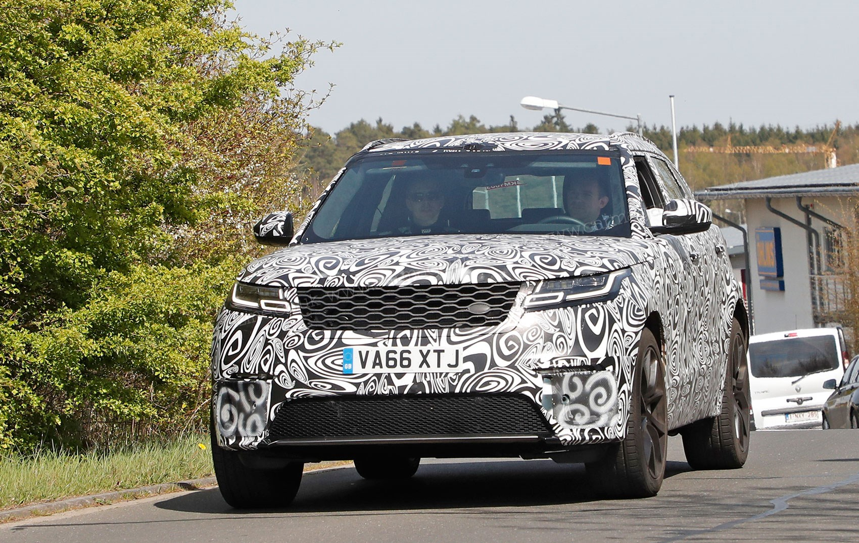New 2019 Range Rover Velar Svr Spied By Car Magazine
