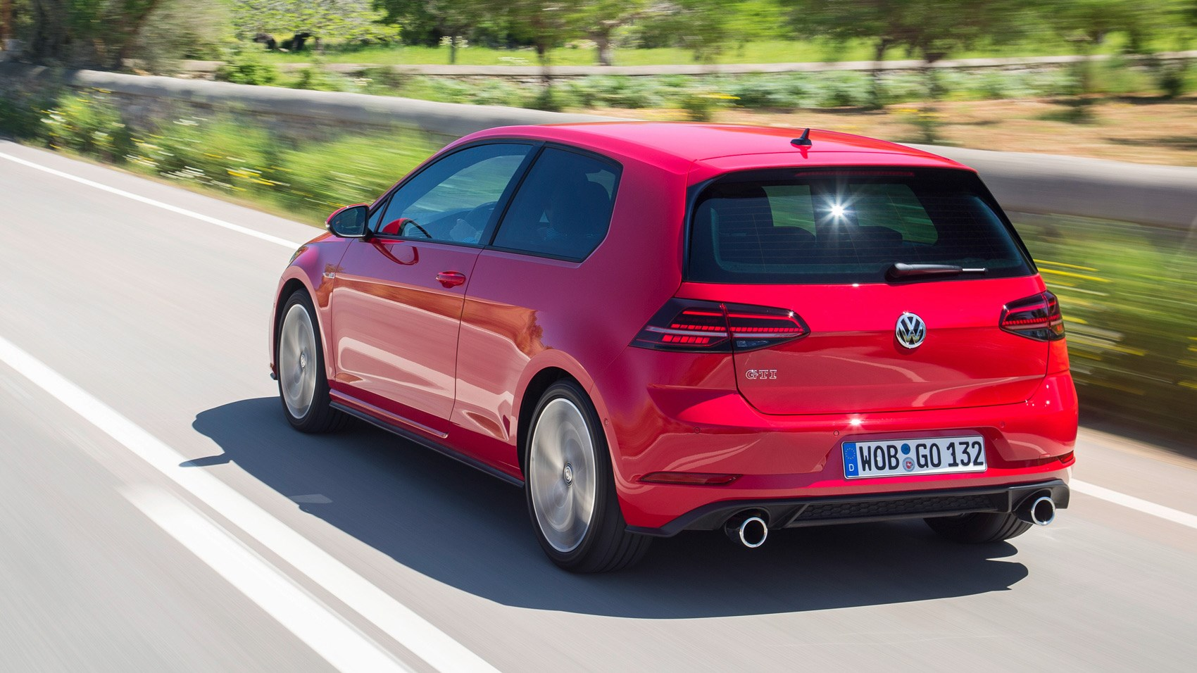 Gti Performance Package >> Vw Golf Gti Performance Pack Mk7 Facelift 2017 Review Car Magazine