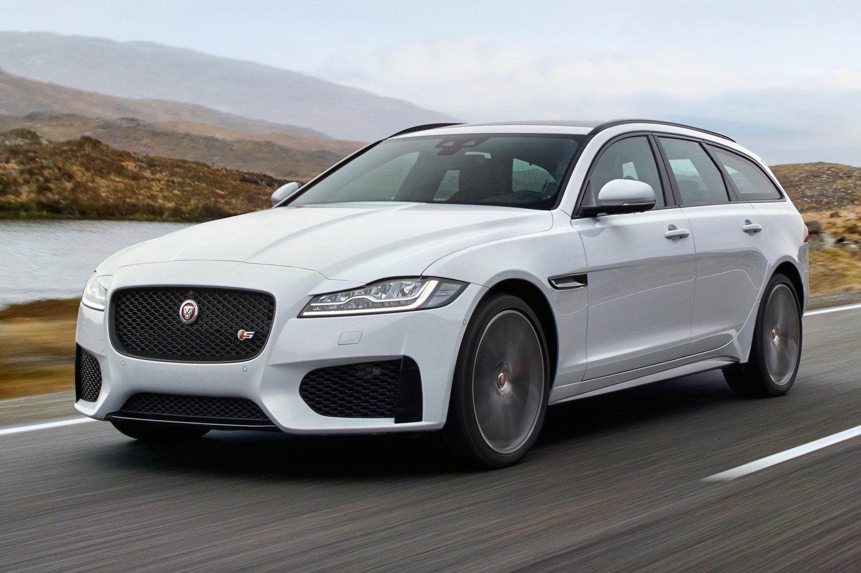 jaguar xf sportbrake revealed in full by car magazine. Black Bedroom Furniture Sets. Home Design Ideas