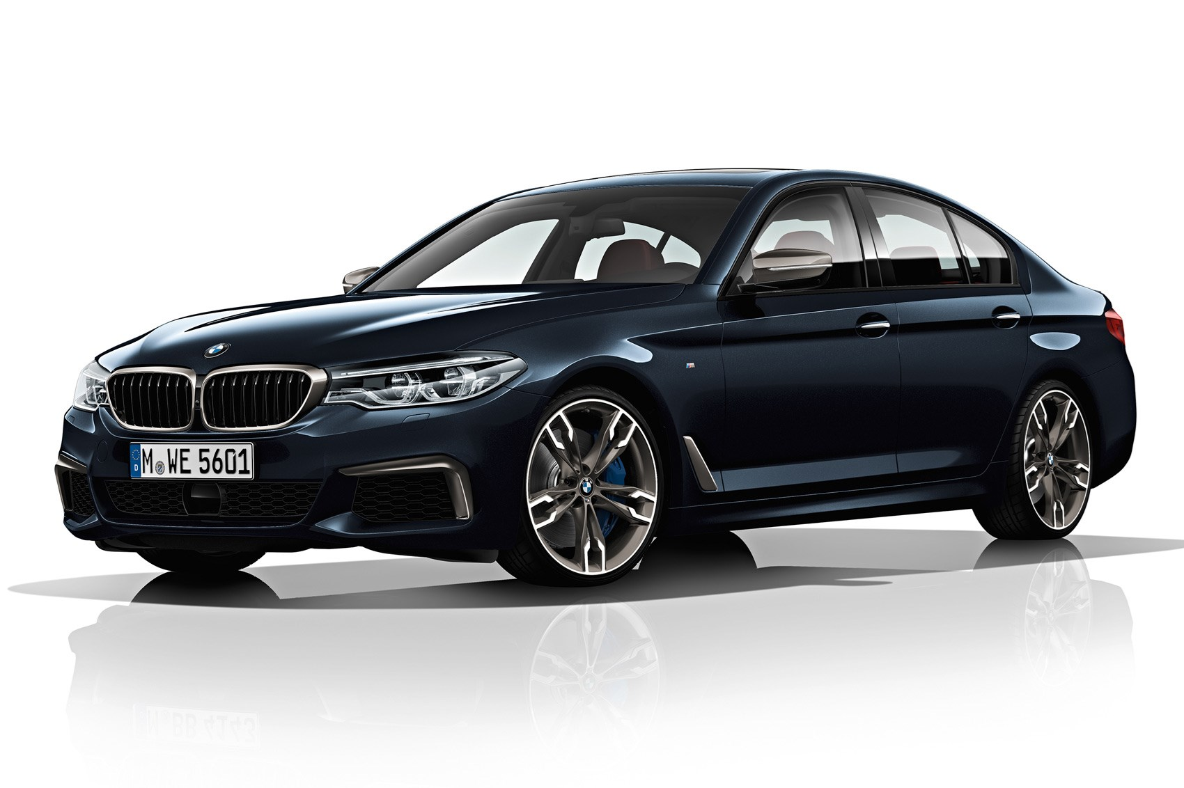 BMW M550d xDrive Has Four, Yes Four Turbos And 400 Horses