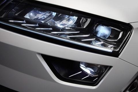 Skoda Karoq headlight