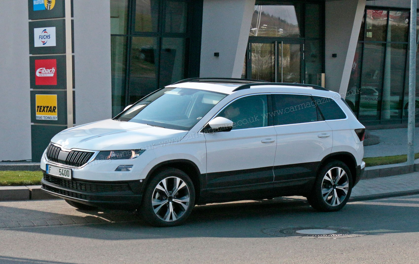 Skoda Karoq Mini Suv Revealed Spy Photos on infiniti jeep
