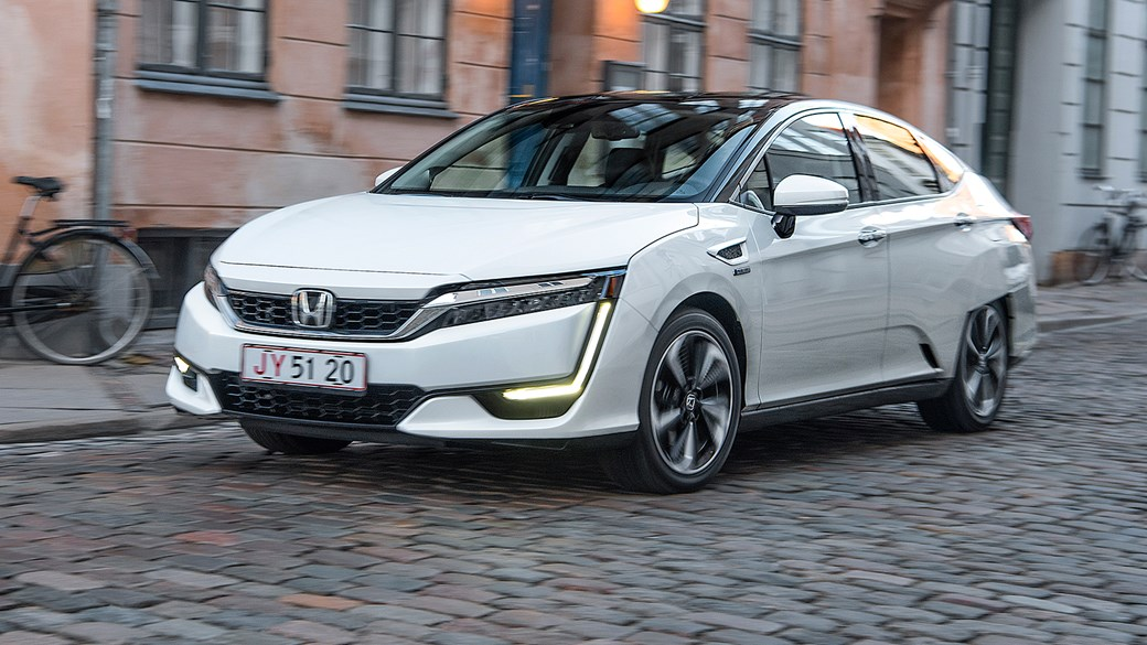 Honda Clarity Fuel Cell 2017 Review