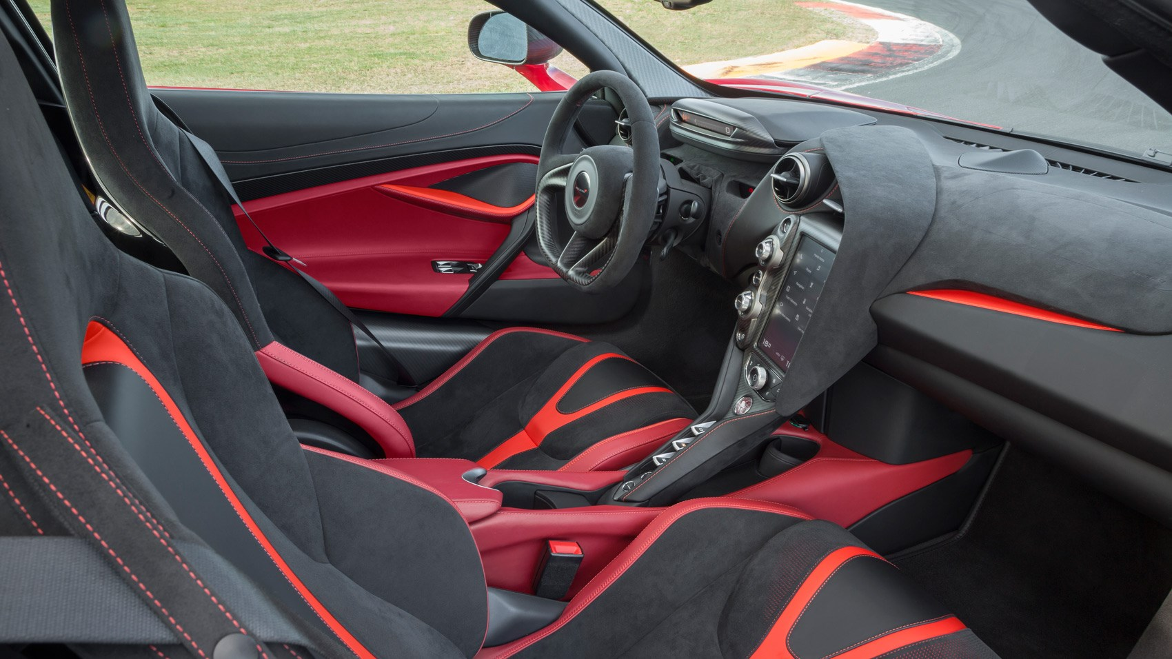 McLaren 720S Memphis Red interior