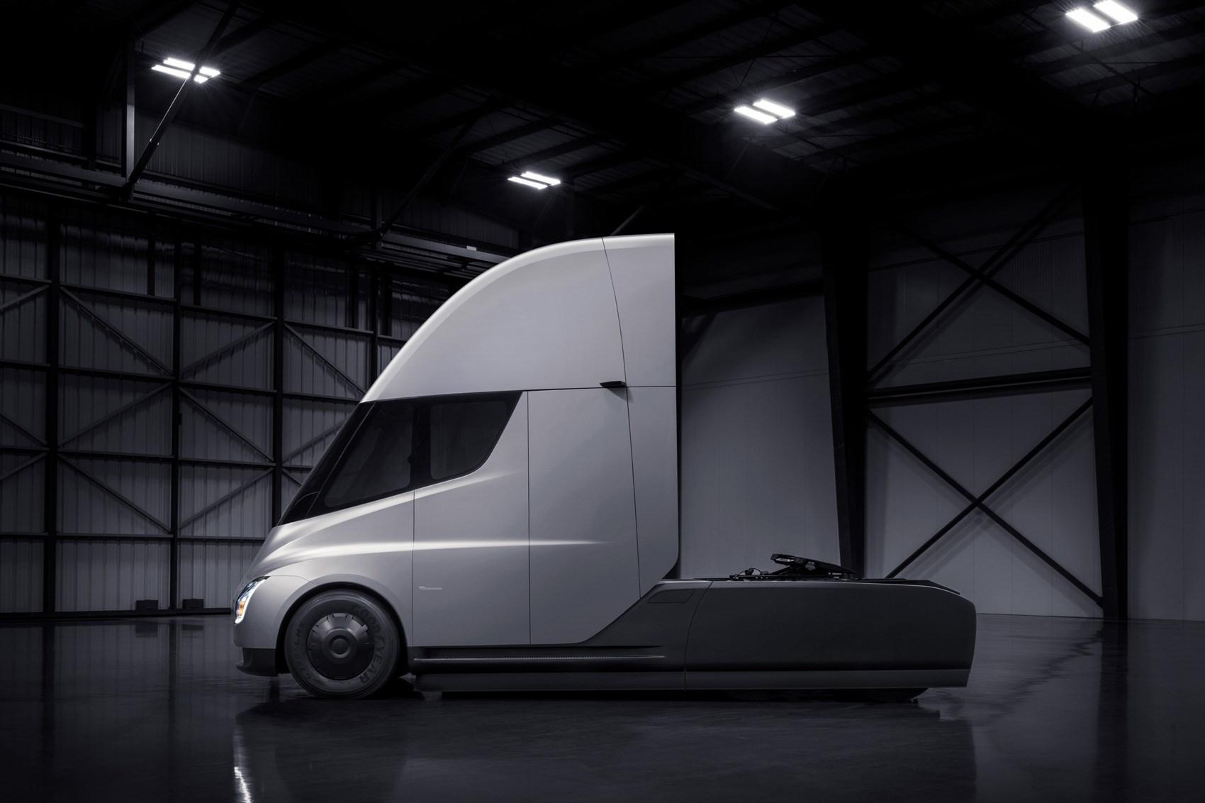 Tesla Semi: watch the electric truck burn rubber | CAR Magazine