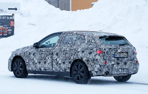 BMW 1-series 2019: spy photos winter testing in Sweden
