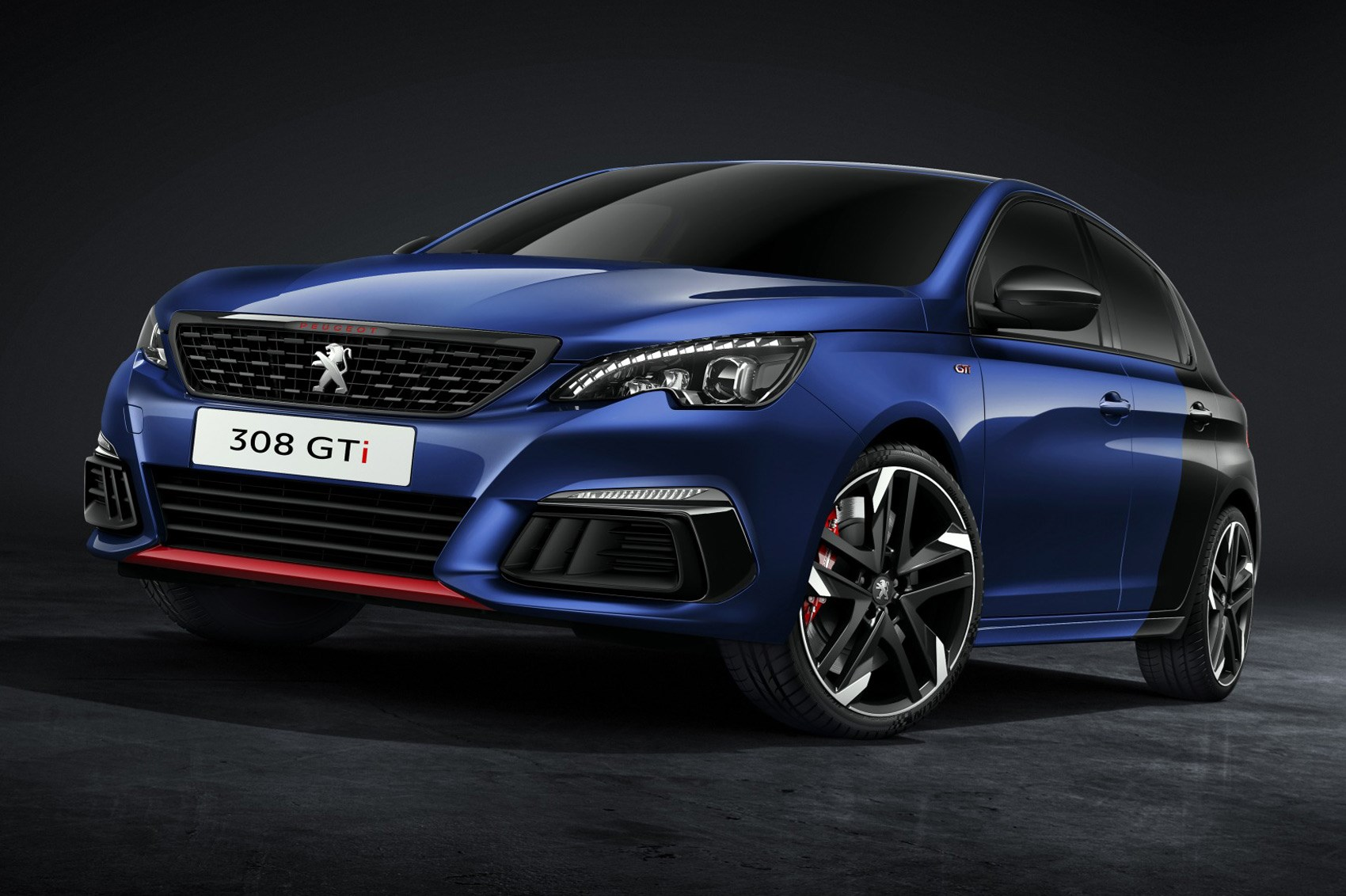 Refreshed Peugeot 308 hatch ready to pounce | CAR Magazine