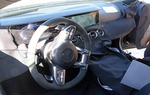 Mercedes-AMG GT4 prototiplerinde görünen dijital aramalar