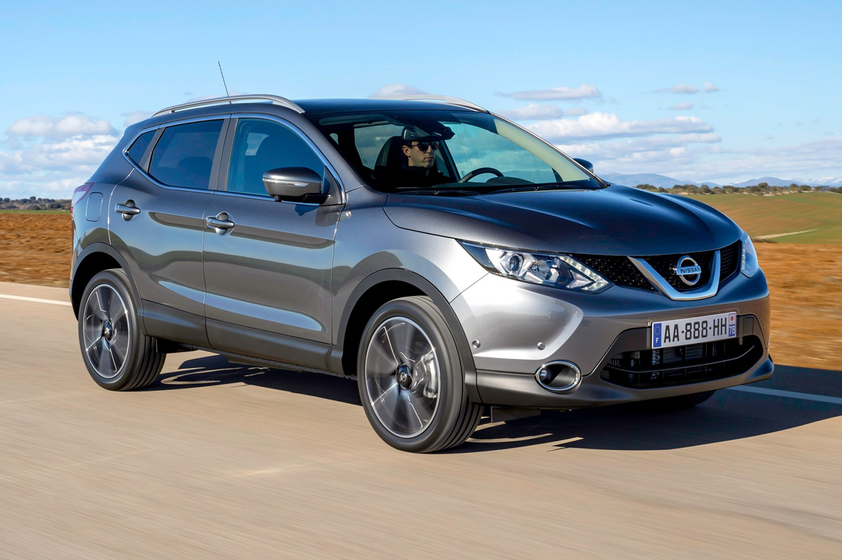 Nissan Qashqai DIG-T (2017) review | CAR Magazine