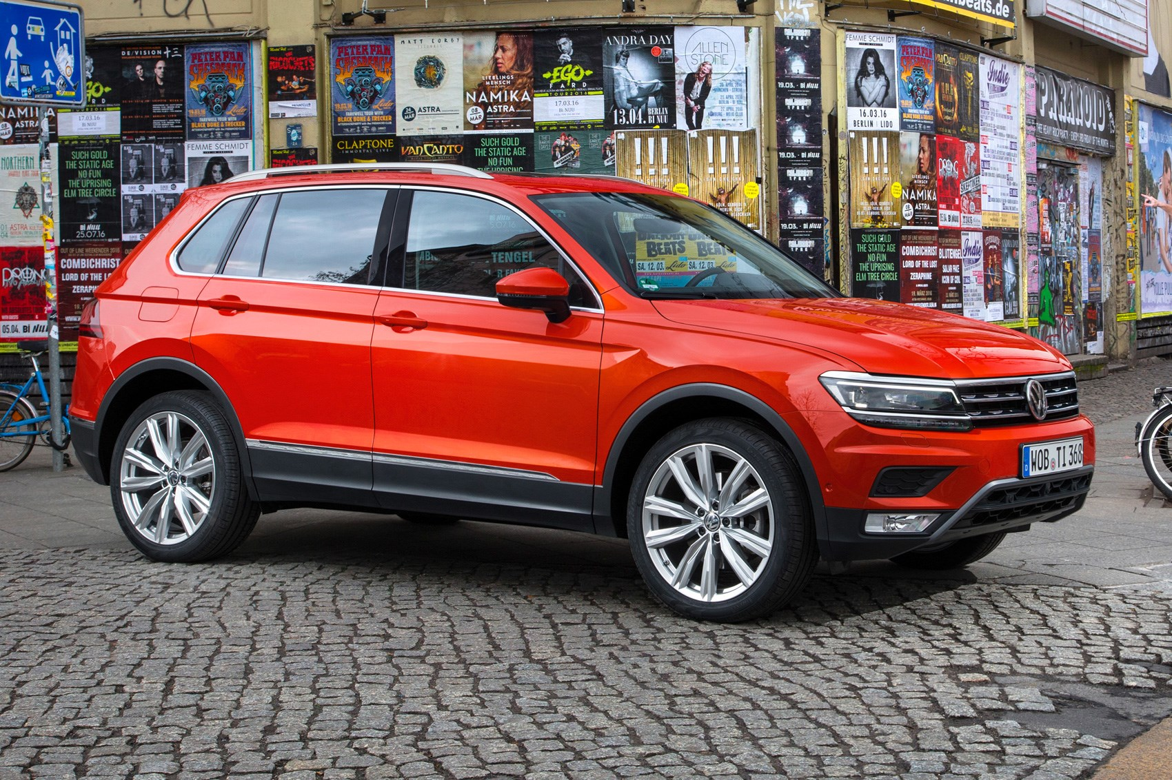 vw tiguan 2 0 bitdi sel 2017 review car magazine. Black Bedroom Furniture Sets. Home Design Ideas