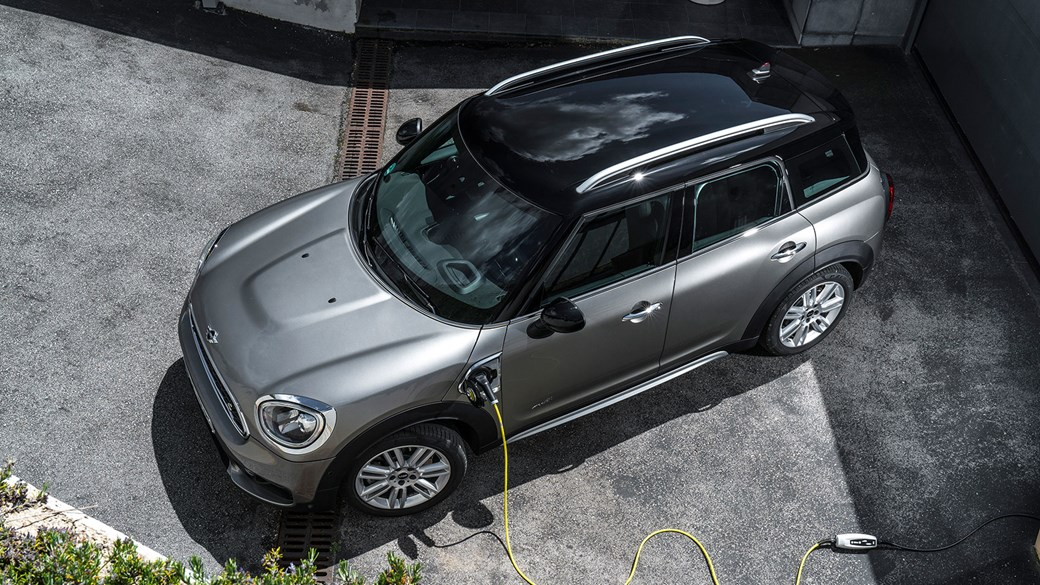 Mini Countryman Cooper S E All4 2017 Plug In Hybrid Review
