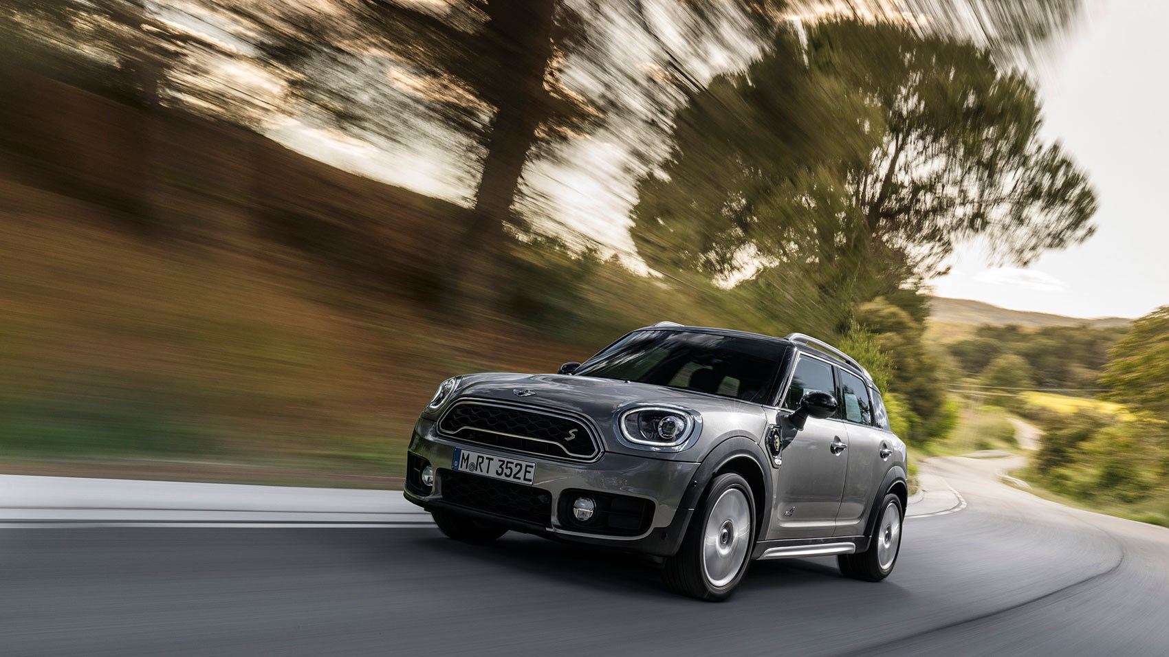 Mini Countryman Cooper S E All4 2017 Plug In Hybrid Review Car