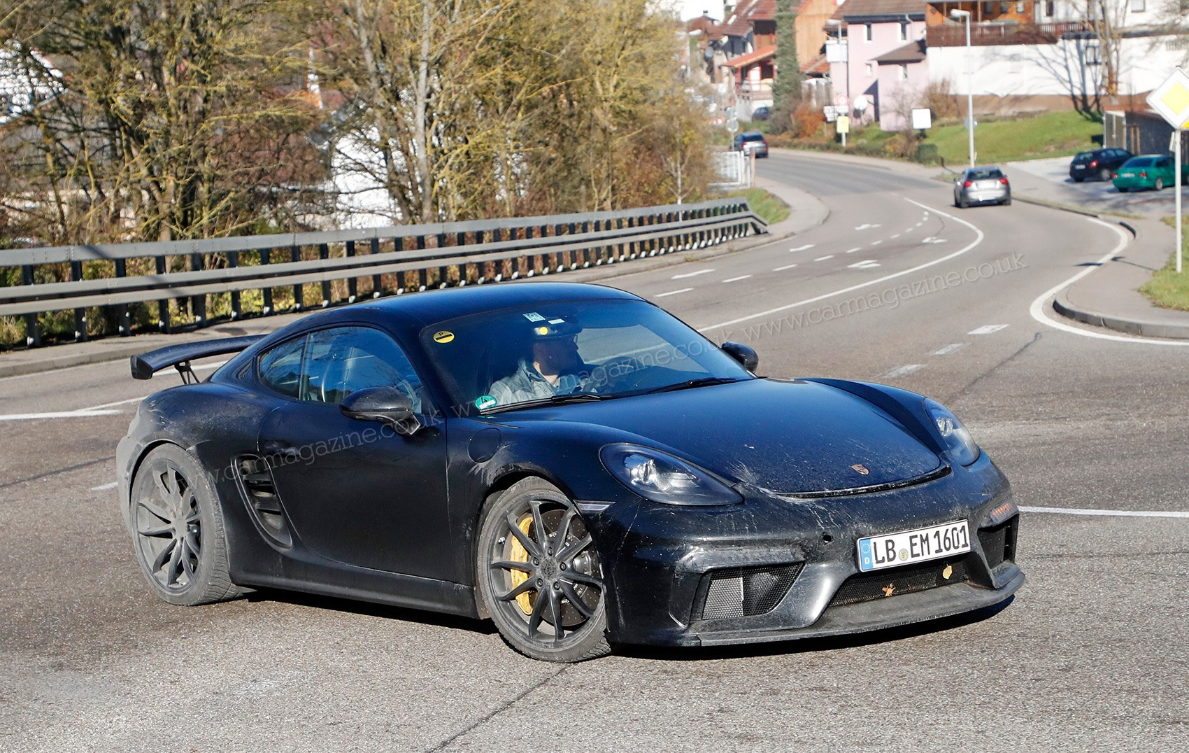 New Porsche Cayman GT4: fresh pictures of testing mule ...