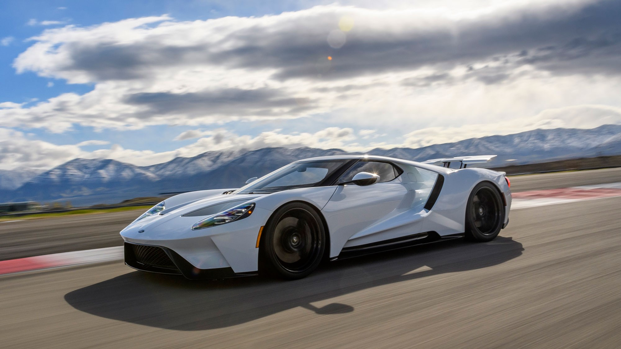The New Ford Gt Supercar Review By Car Magazine