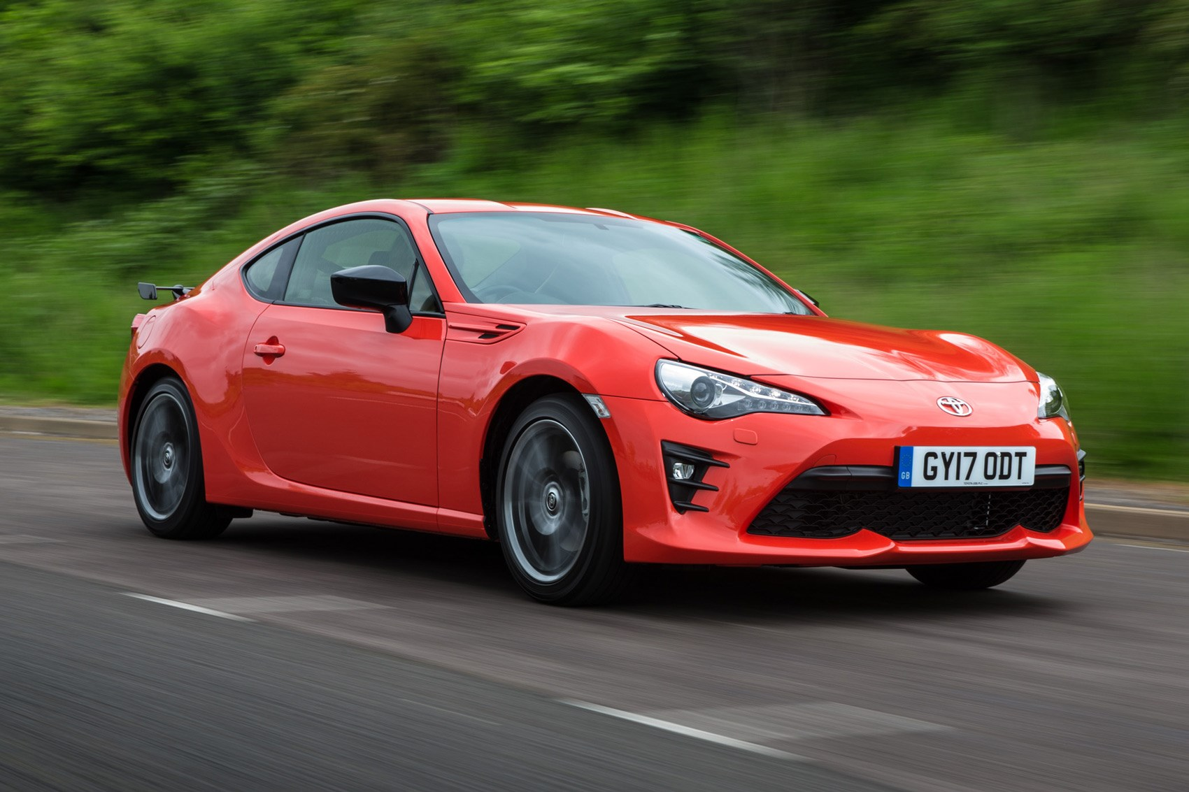 Eye Searing Toyota Gt86 Orange Edition Kick Starts New
