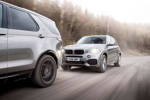 BMW X5 chases Land Rover Discovery