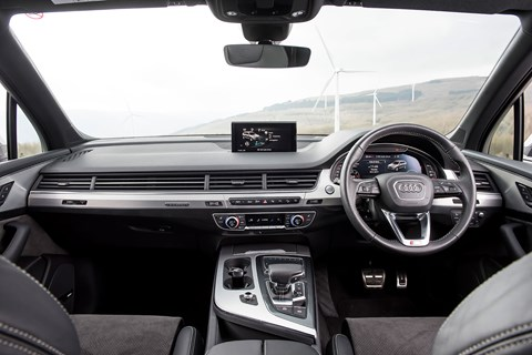 Audi Q7 interior and cabin