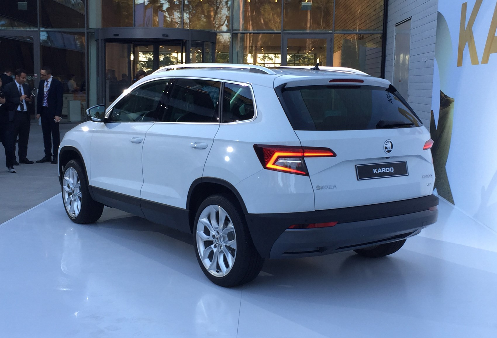 It's the Skoda Karoq SUV! New Yeti replacement revealed in ...