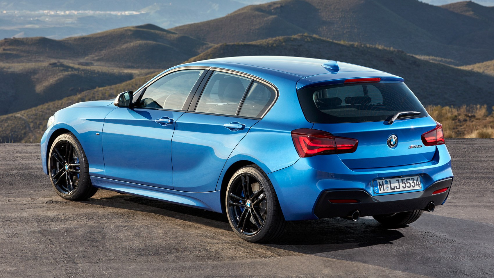 BMW M140i (2017) Review