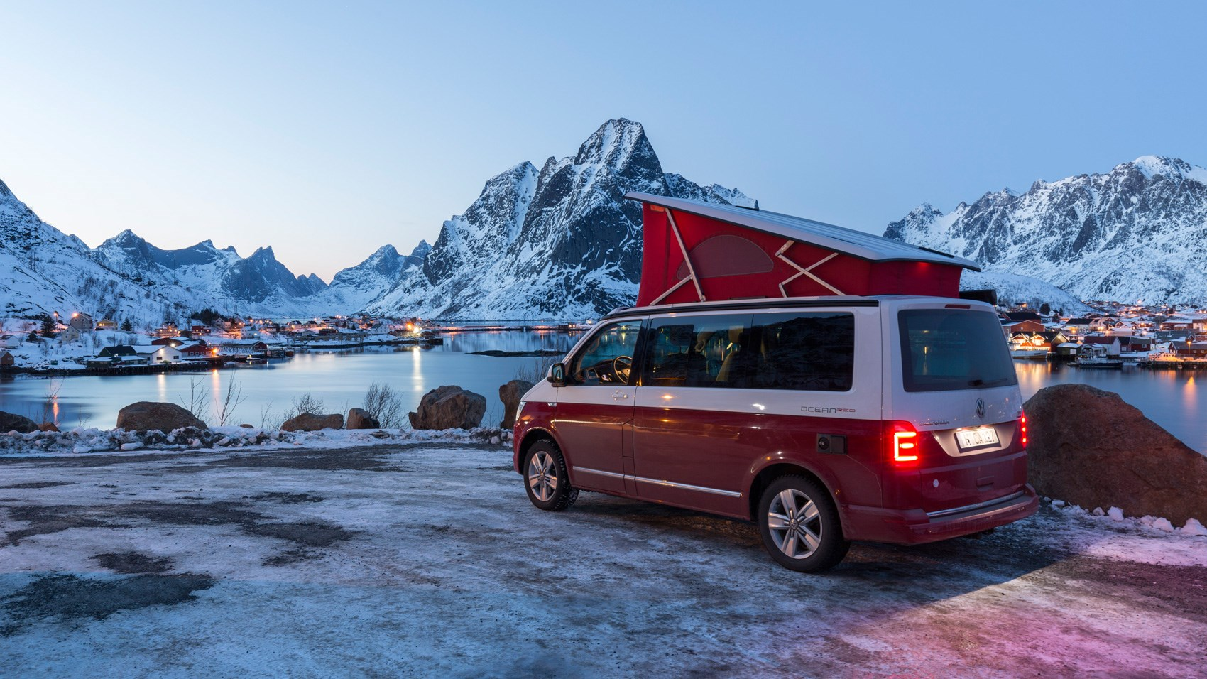 vw california 2017 review camping at the arctic circle car magazine. Black Bedroom Furniture Sets. Home Design Ideas