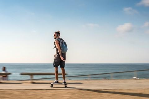 SEAT Ateca Barcelona skateboarder
