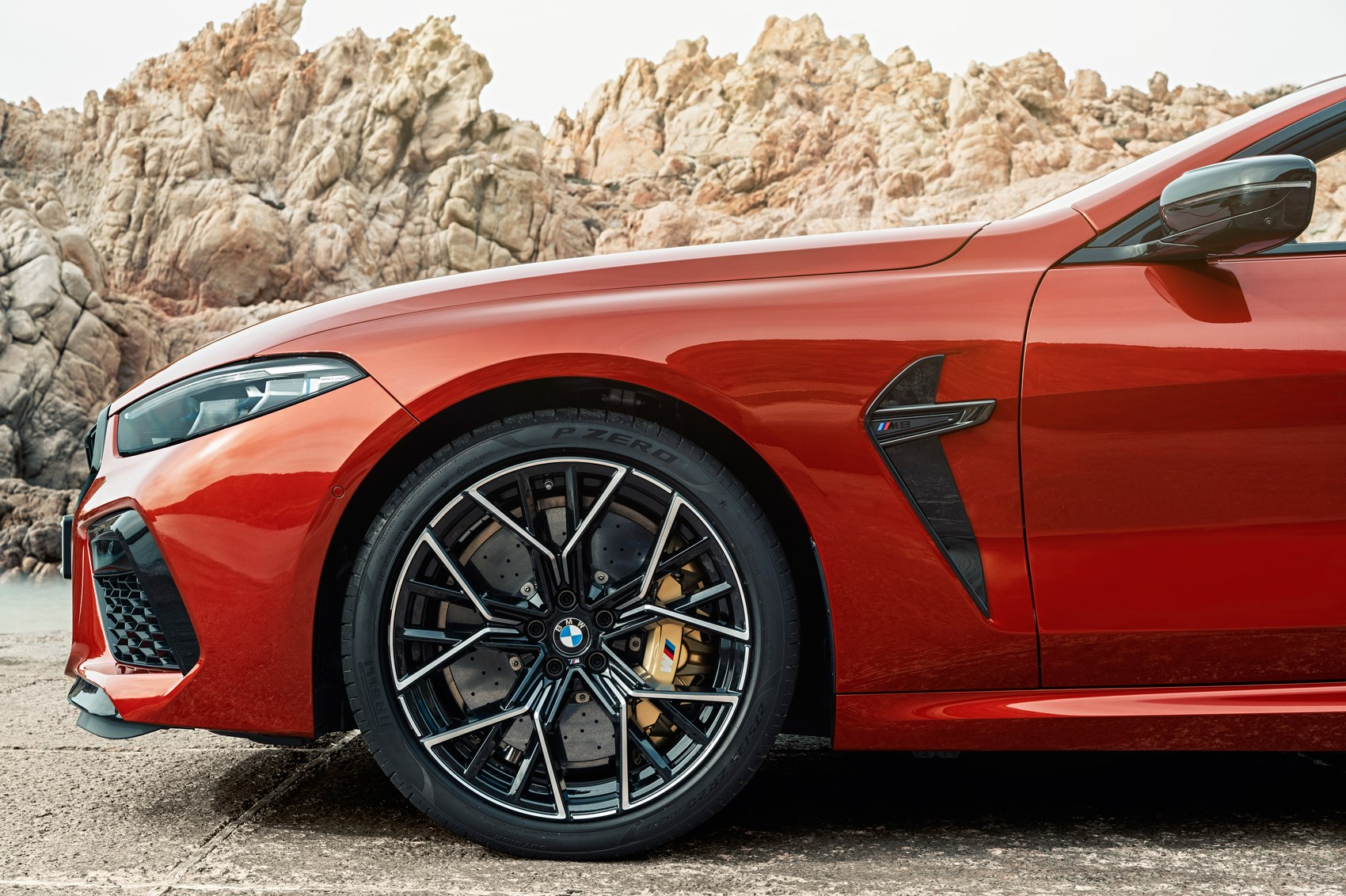 BMW Serie 8 Coupe (2019) 18