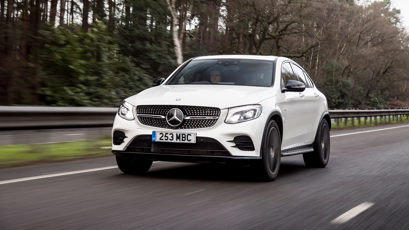 Mercedes amg glc43 4matic coupe 2017 review car magazine for Mercedes benz glc43 amg