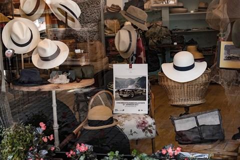 Villa d'Este 2017 hats