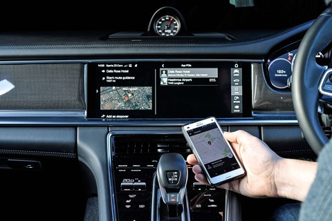 Send address entry to your Panamera from your smartphone