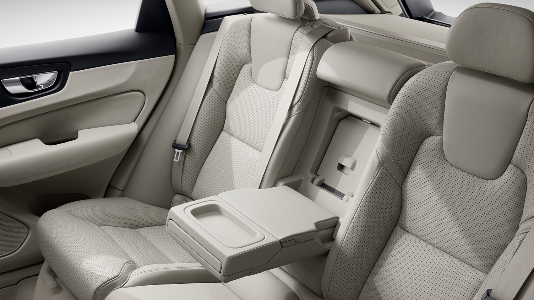 Volvo XC60 rear seats