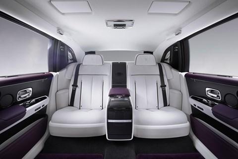 Rolls-Royce Phantom 8 rear seats