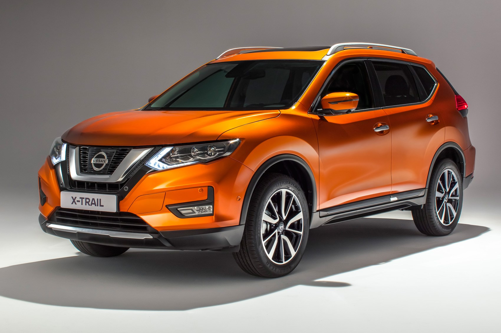 Nissan X Trail 2017 Facelift Pictures Specs And