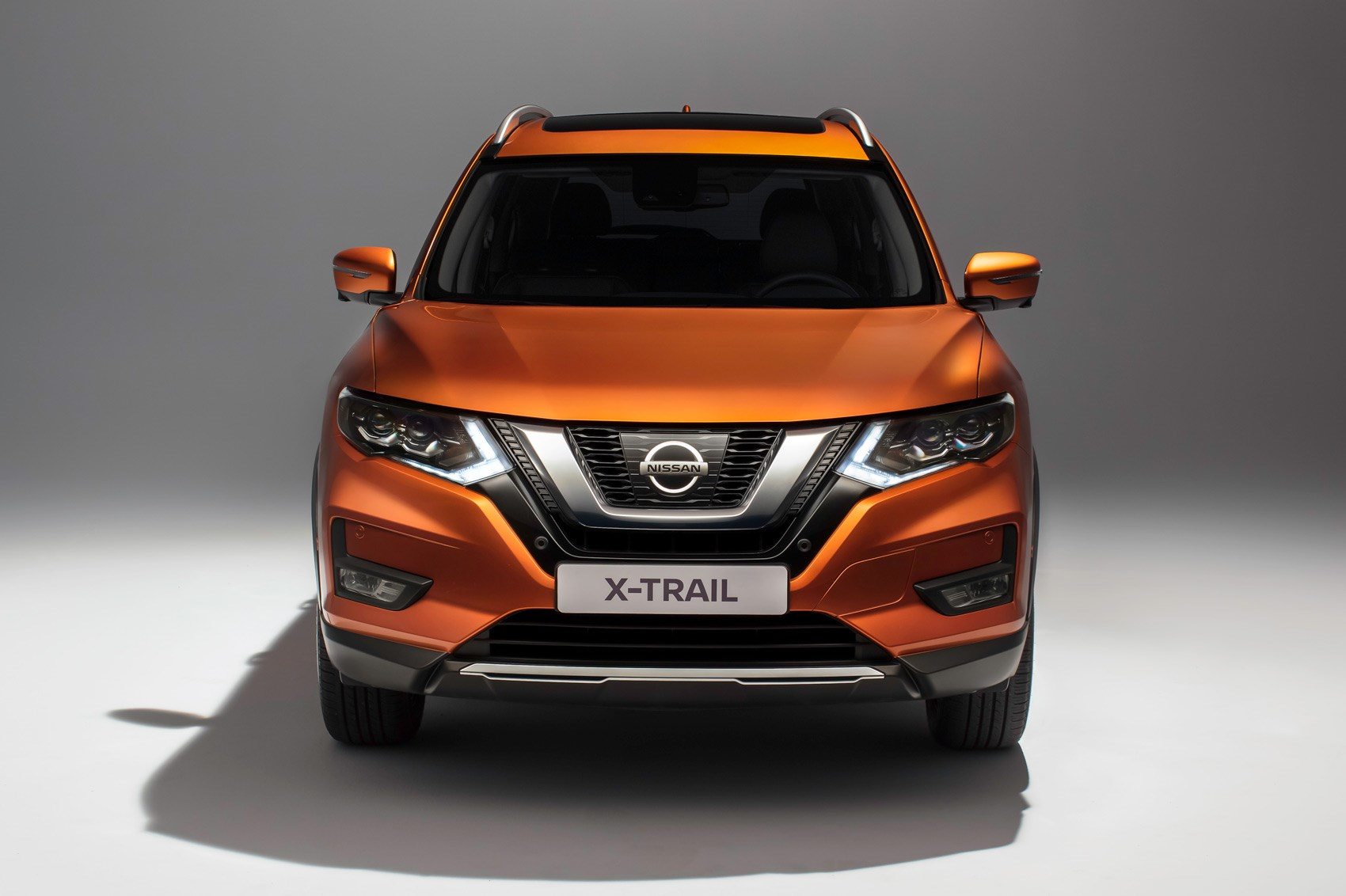 Nissan X-Trail (2017) facelift: pictures, specs and ...