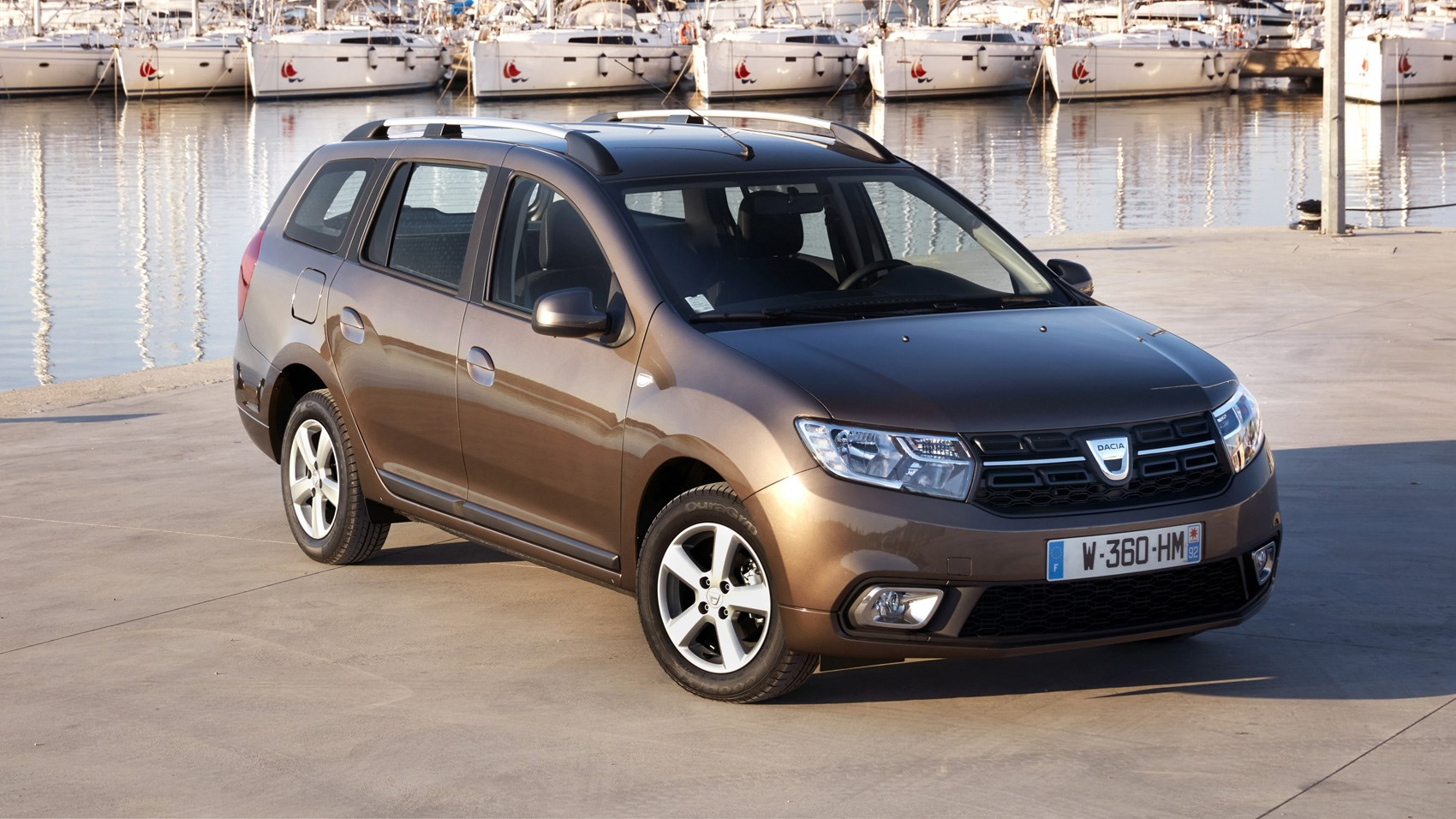 dacia logan mcv ambiance dci 90 2017 review car magazine. Black Bedroom Furniture Sets. Home Design Ideas