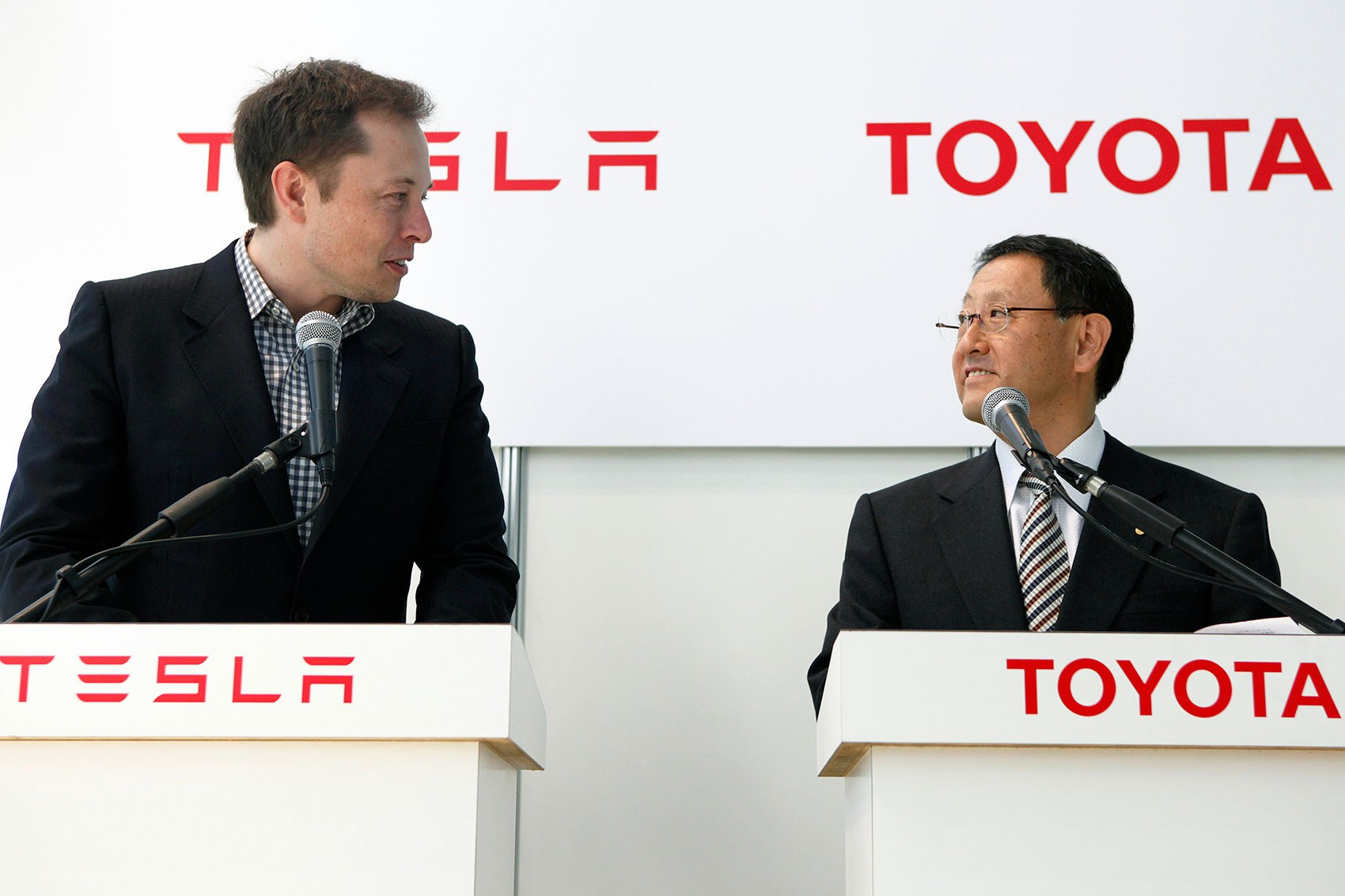 Toyota Has Sold All Its Shares In Tesla Here S Why By