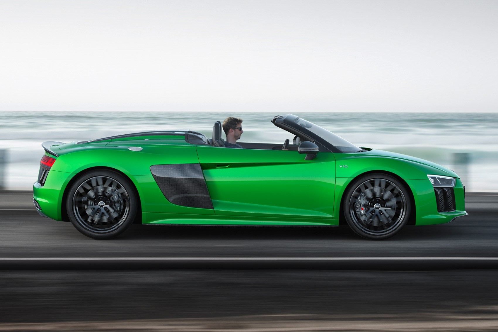 the hulk goes topless new audi r8 spyder v10 plus. Black Bedroom Furniture Sets. Home Design Ideas