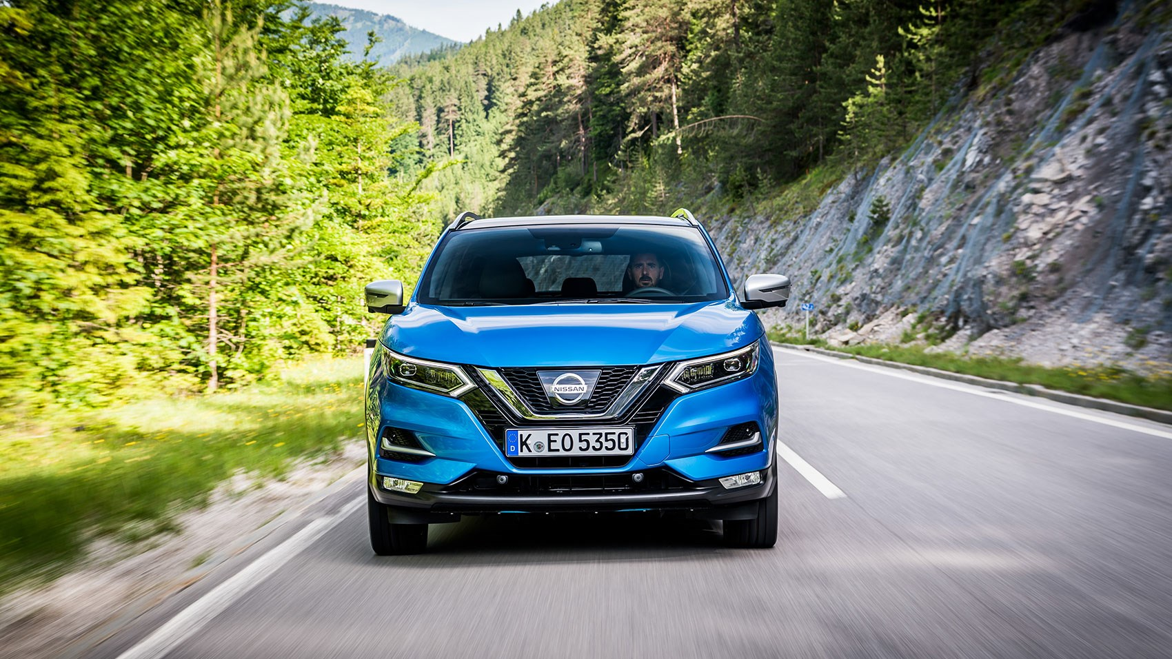 nissan qashqai 2017 facelift review by car magazine. Black Bedroom Furniture Sets. Home Design Ideas