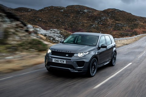 Land Rover Discovery Sport Si4 290 front tracking