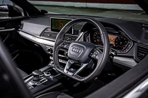 Audi Q5 LT interior