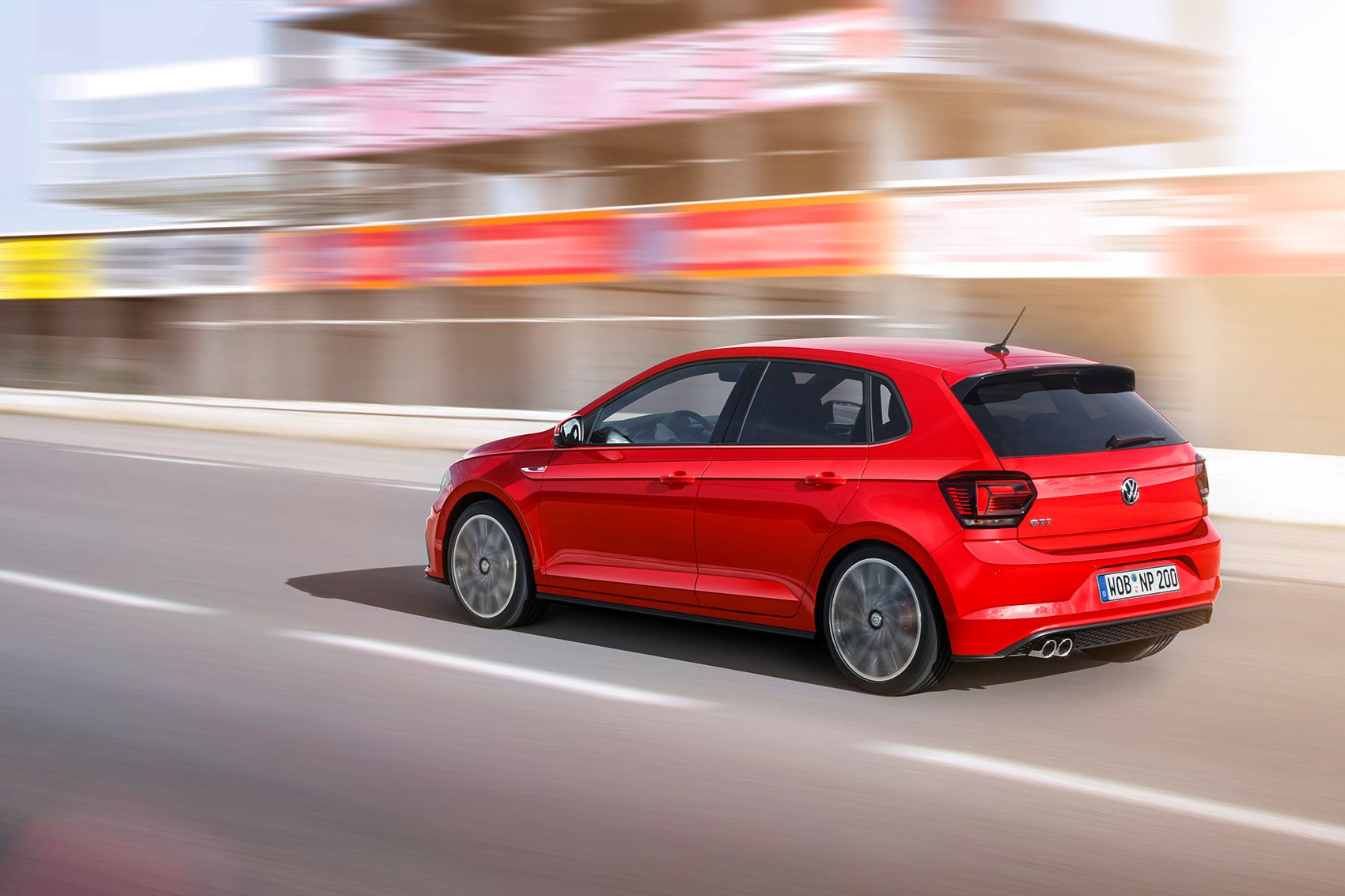 Vw polo 2018 in pictures by car magazine for Interieur nouvelle polo