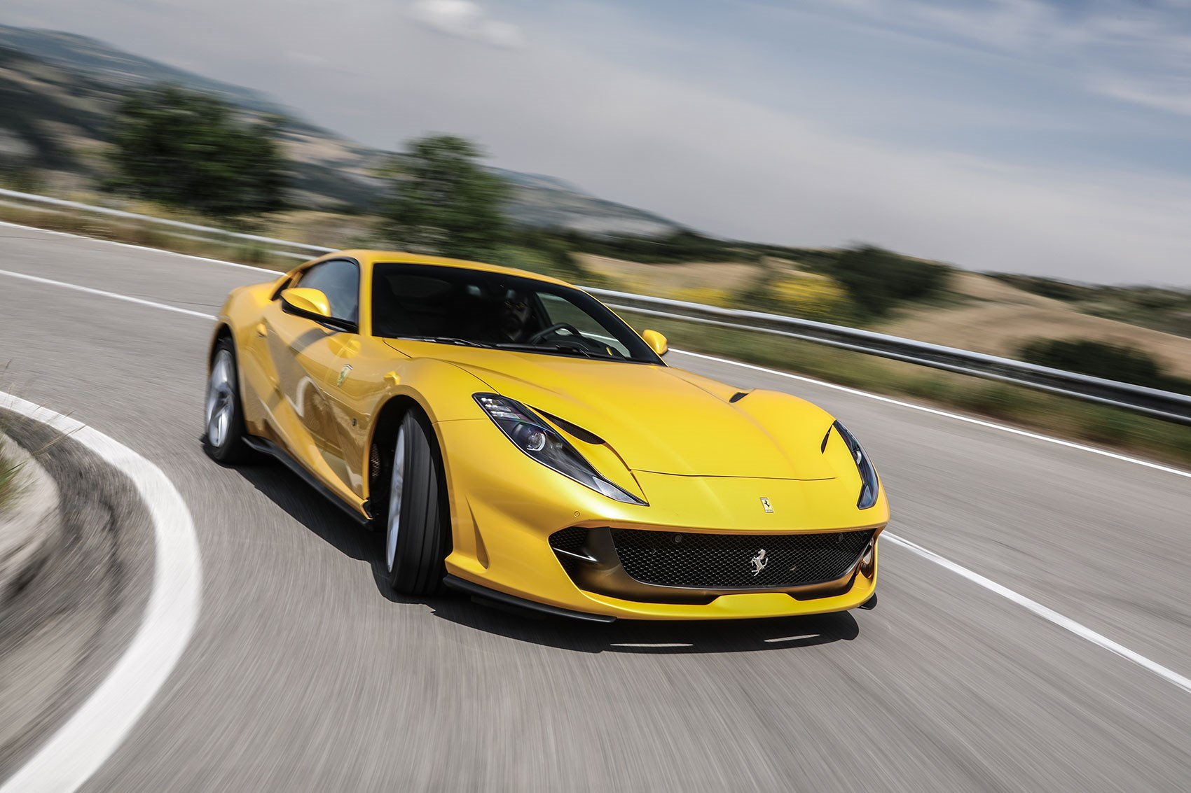 Ferrari 812 Superfast (2017) Review By CAR Magazine