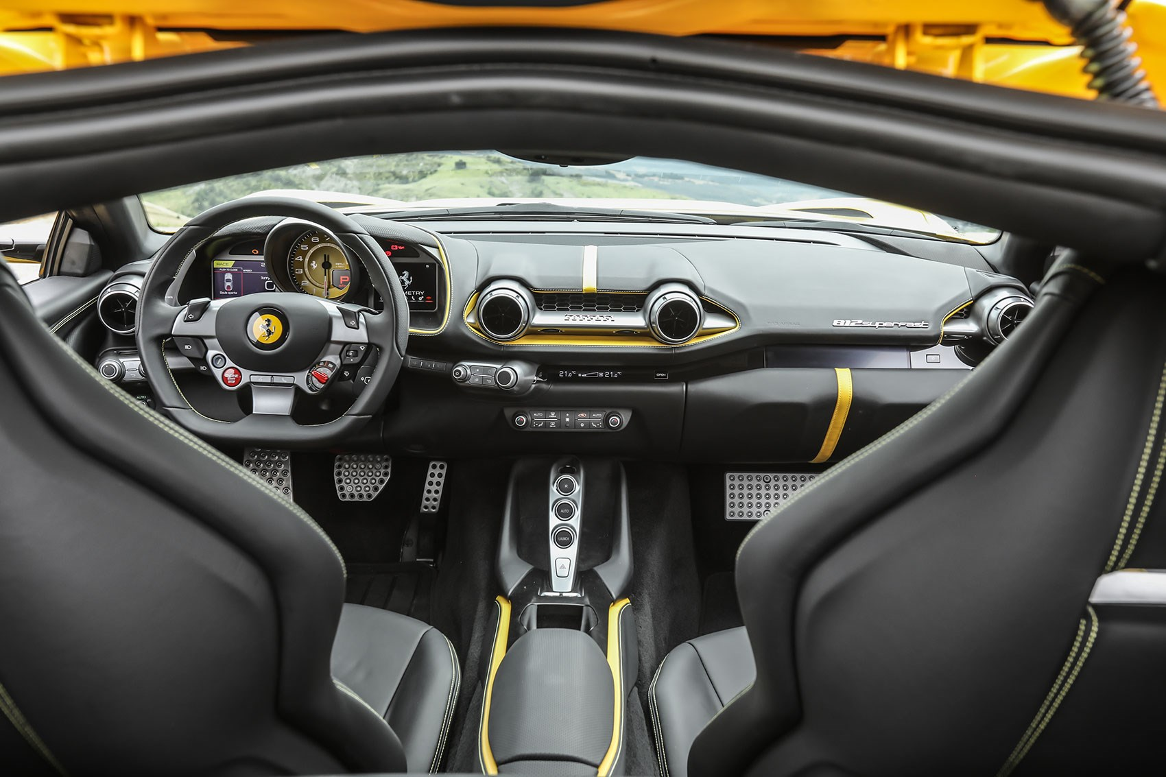 Ferrari 812 Superfast: a two-seater GT