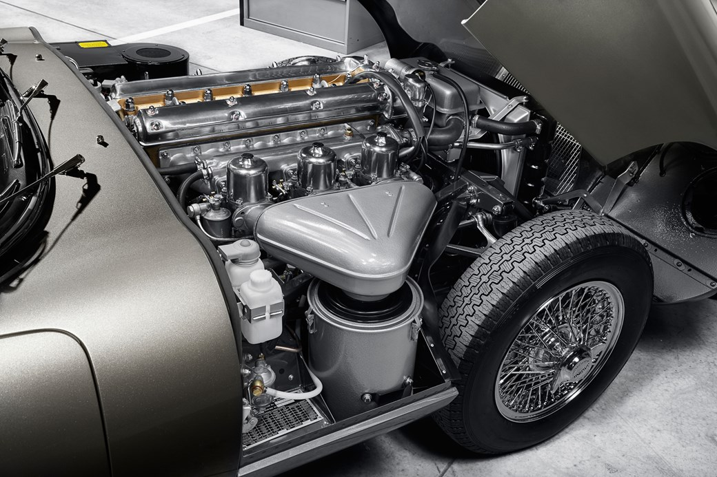 https://car-images.bauersecure.com/pagefiles/73604/1040x0/jlrclassicworks_18.jpg?scale=down