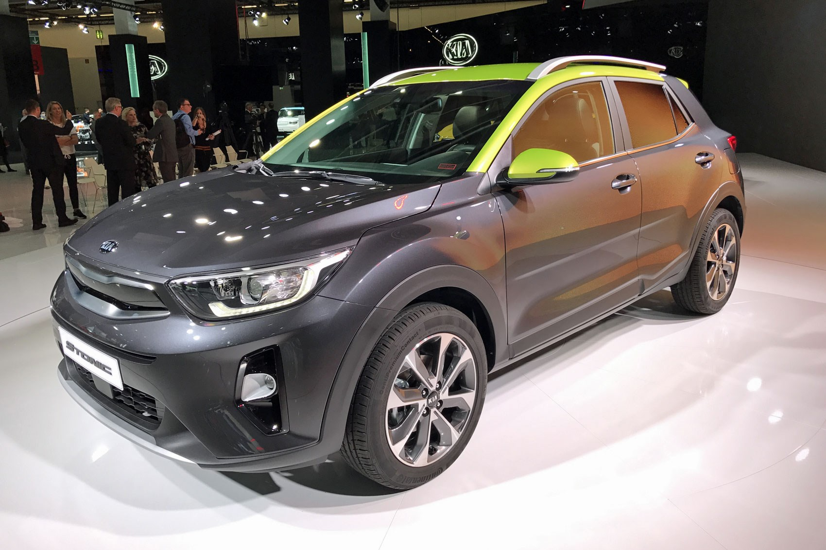 stonic keep compact alive first impressions coming week static still view side new suvs s and front news here kia small wheels this suv